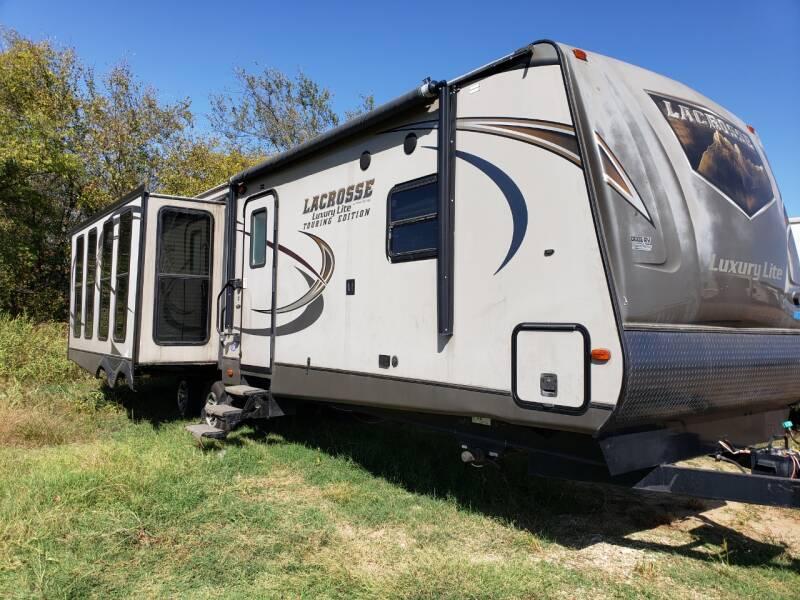 2015 Forest River Lacrosse 327  - White Settlement TX