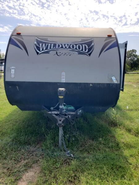 2015 Forest River Wildwood  x-lite 231RBXL  - White Settlement TX