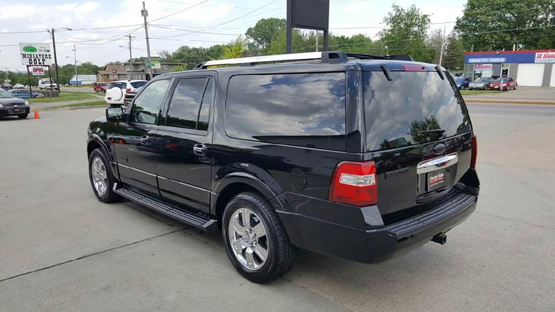 2007 Ford Expedition EL for sale at AmericAuto in Des Moines IA