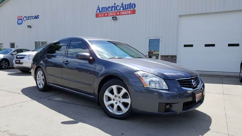 2007 Nissan Maxima for sale at AmericAuto in Des Moines IA
