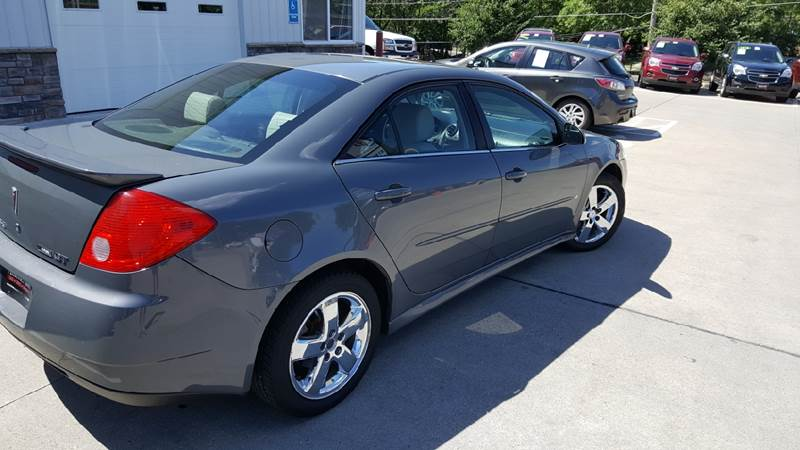 2009 Pontiac G6 for sale at AmericAuto in Des Moines IA