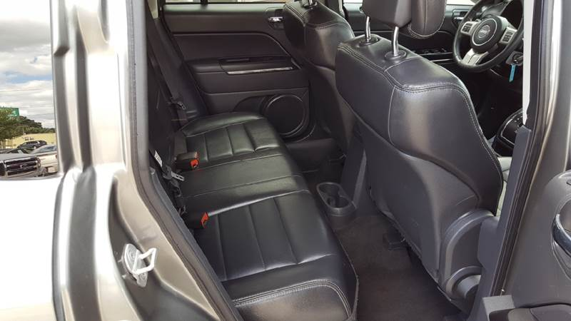 2011 Jeep Compass for sale at AmericAuto in Des Moines IA