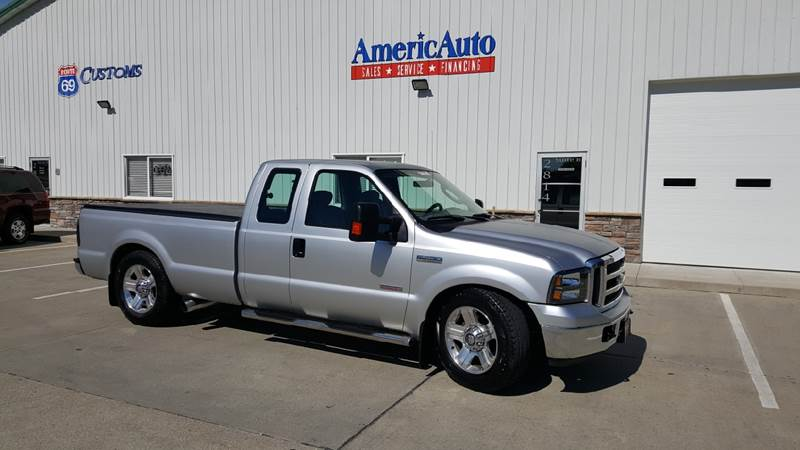 2006 Ford F-250 Super Duty for sale at AmericAuto in Des Moines IA