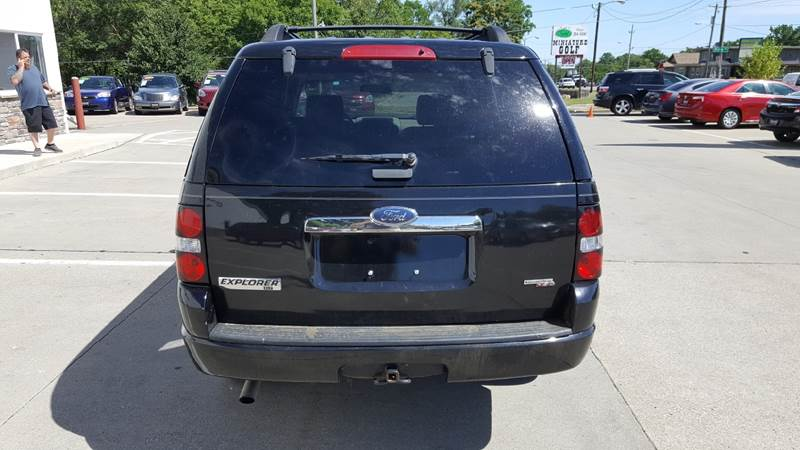 2007 Ford Explorer for sale at AmericAuto in Des Moines IA