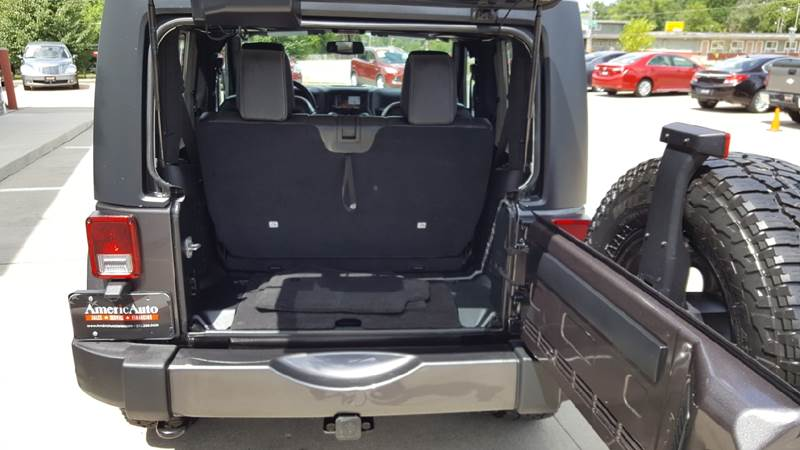 2016 Jeep Wrangler for sale at AmericAuto in Des Moines IA