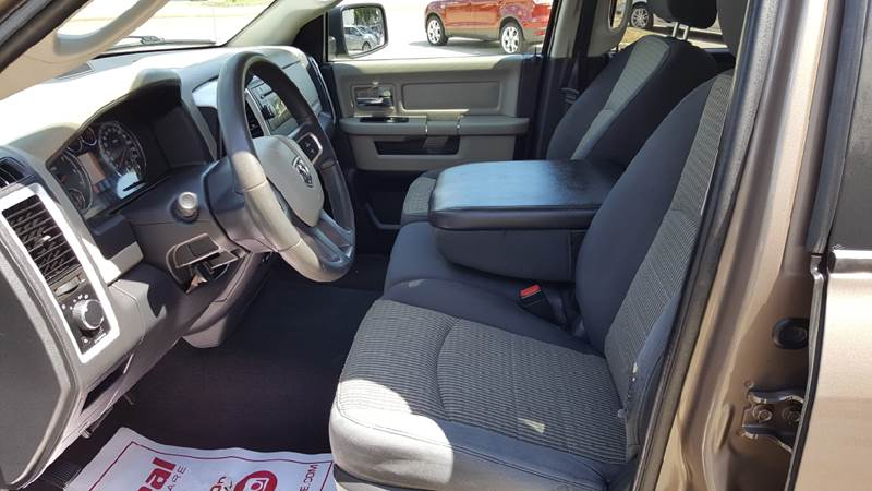 2009 Dodge Ram Pickup 1500 for sale at AmericAuto in Des Moines IA