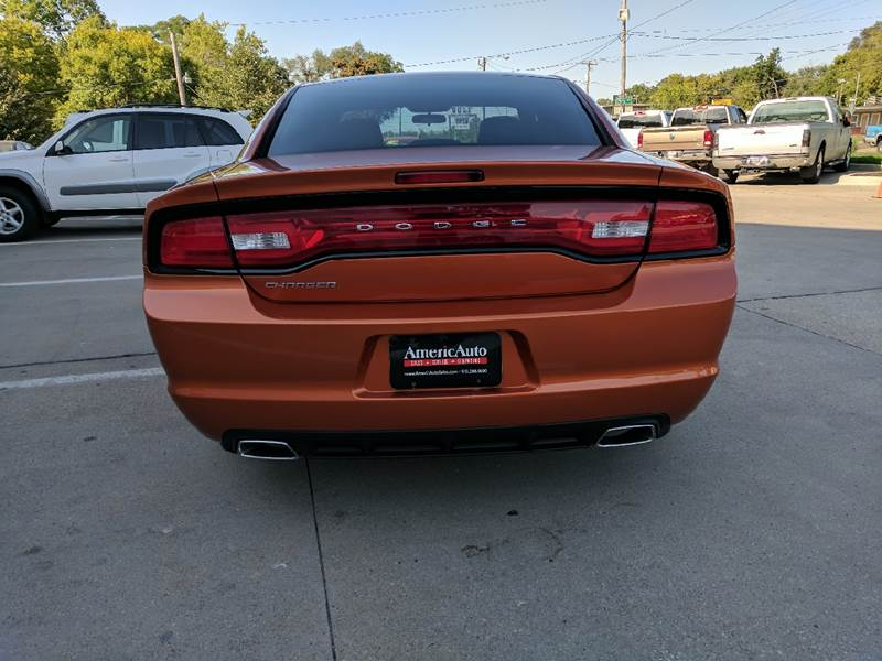 2011 Dodge Charger for sale at AmericAuto in Des Moines IA