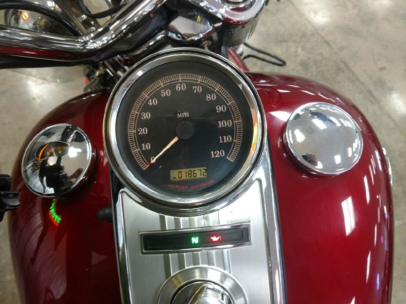 2009 Harley-Davidson FLHRC ROAD KING CLASSIC for sale at AmericAuto in Des Moines IA