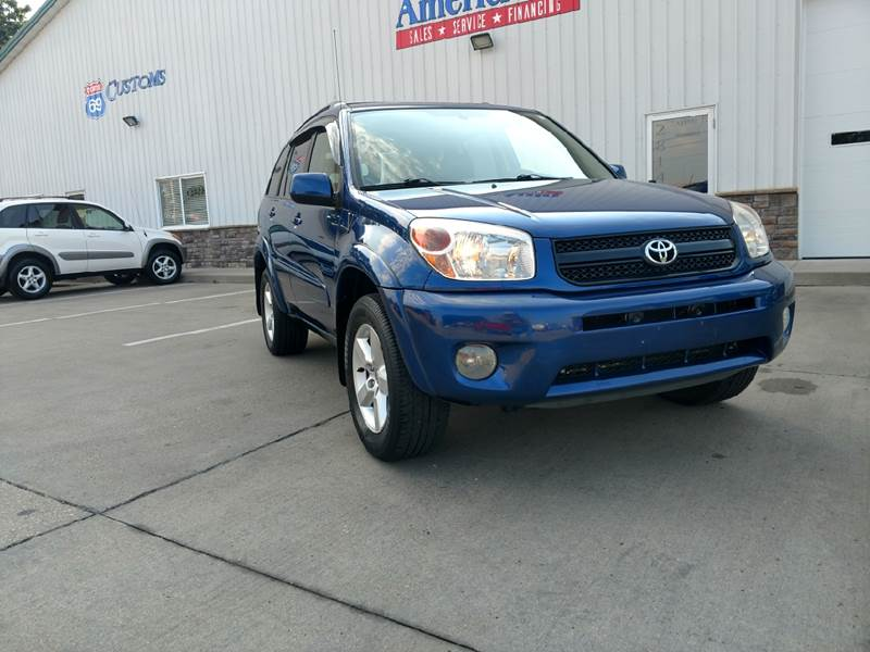 2005 Toyota RAV4 for sale at AmericAuto in Des Moines IA