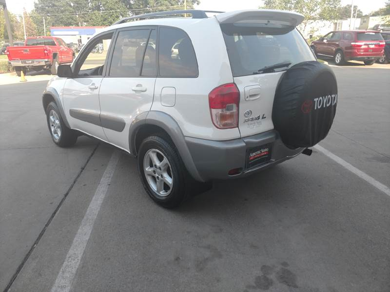 2001 Toyota RAV4 for sale at AmericAuto in Des Moines IA