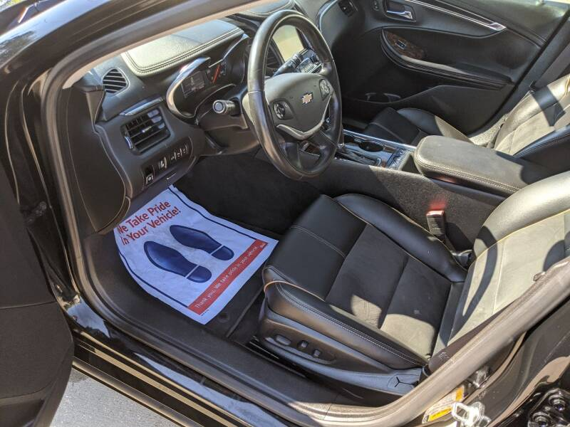 2015 Chevrolet Impala LT 4dr Sedan w/2LT - Des Moines IA
