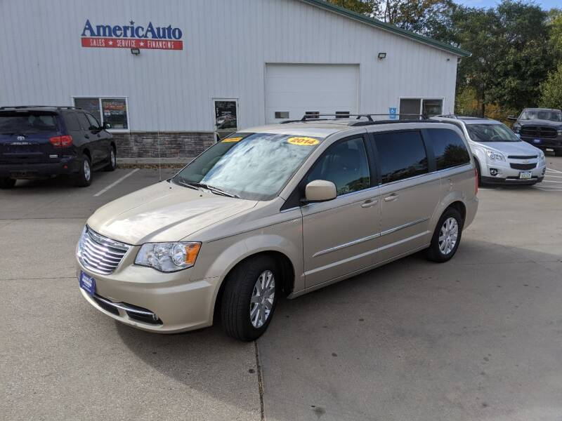 2014 Chrysler Town and Country Touring 4dr Mini-Van - Des Moines IA