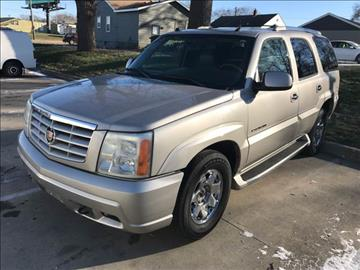 2004 Cadillac Escalade for sale at AmericAuto in Des Moines IA