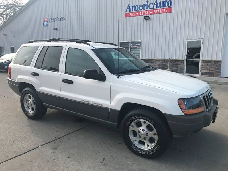 2000 Jeep Grand Cherokee for sale at AmericAuto in Des Moines IA