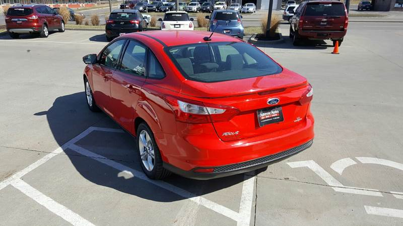 2013 Ford Focus for sale at AmericAuto in Des Moines IA