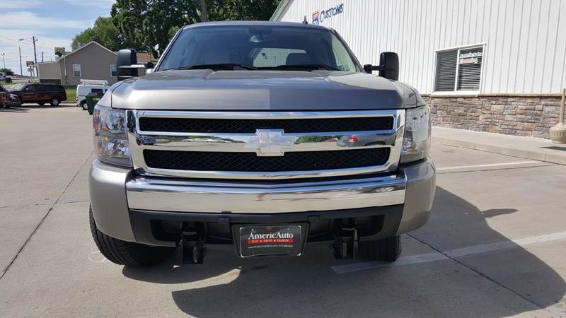 2007 Chevrolet Silverado 1500 for sale at AmericAuto in Des Moines IA