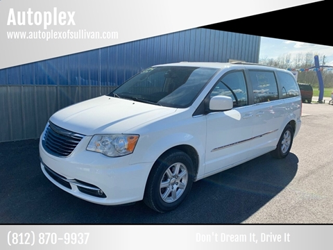 2012 Chrysler Town and Country for sale in Sullivan, IN