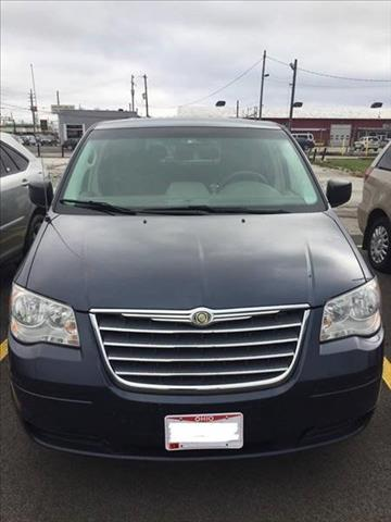 2009 Chrysler Town and Country for sale in Brook Park, OH
