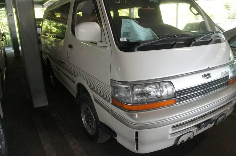 1992 Toyota Hiace Van Ltd Diesel 4X4 In Seattle WA - JDM Car
