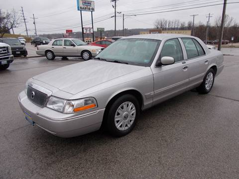2005 Mercury Grand Marquis GS for sale at Governor Motor Co in Jefferson City MO