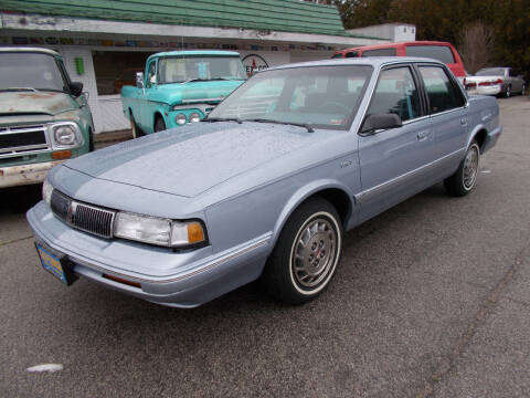 1996 Oldsmobile Ciera SL for sale at Governor Motor Co in Jefferson City MO