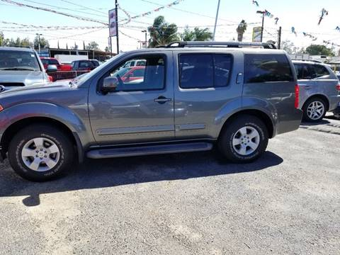 2006 Nissan Pathfinder for sale in Bloomington, CA