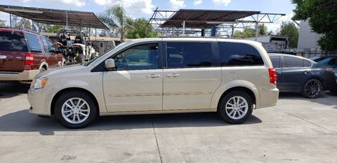 2014 Dodge Grand Caravan for sale in Bloomington, CA