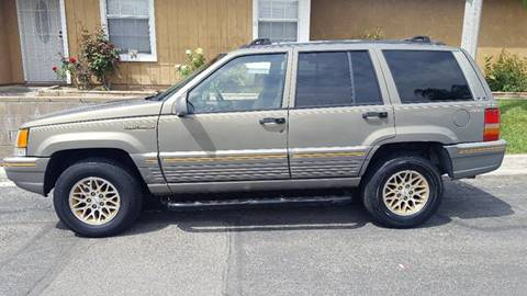 1995 Jeep Cherokee for sale at E and M Auto Sales in Bloomington CA