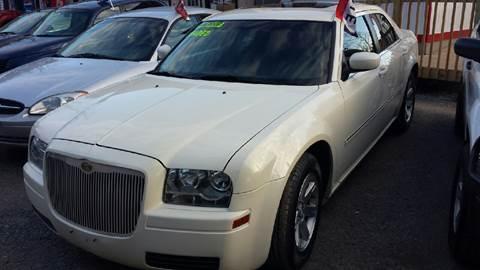 2007 Chrysler 300 for sale in Woodridge, NY