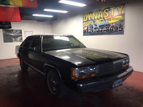 1991 Ford LTD Crown Victoria for sale at Dynasty Auto in Dallas TX