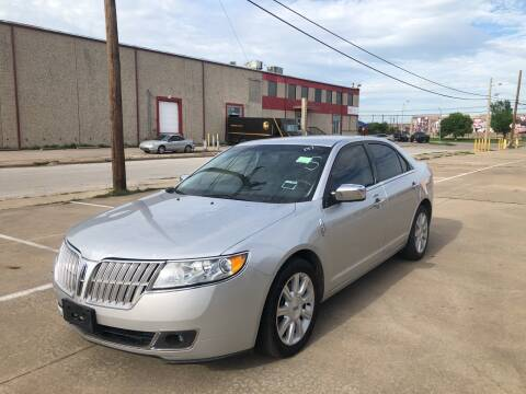 2012 Lincoln MKZ for sale at Dynasty Auto in Dallas TX
