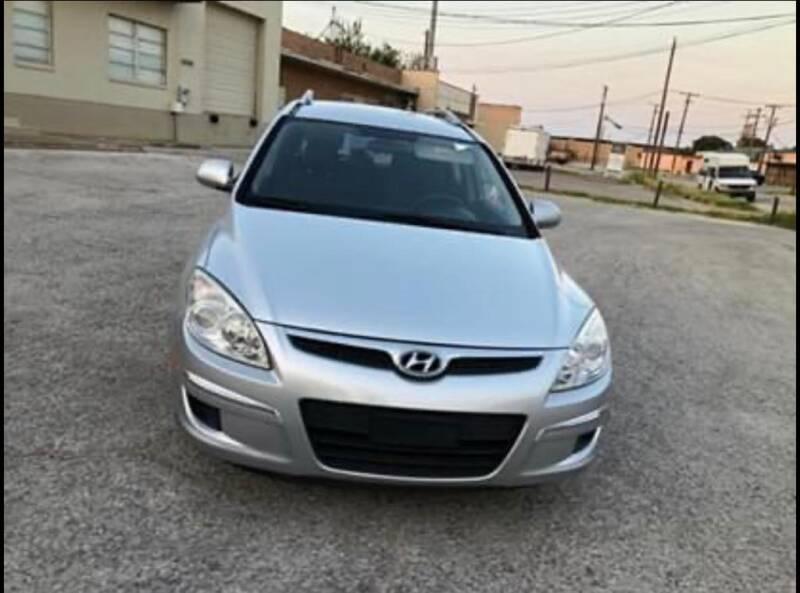 2011 Hyundai Elantra Touring for sale at Dynasty Auto in Dallas TX