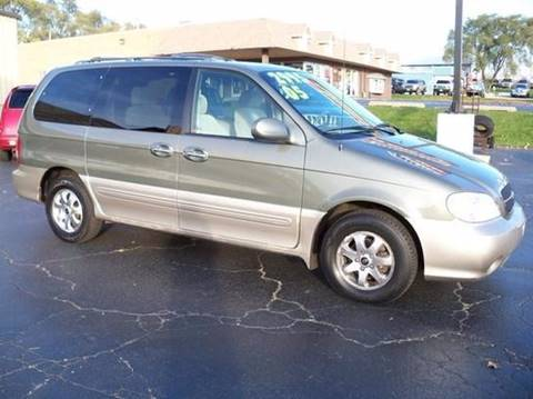 2005 Kia Sedona for sale at Rose Auto Sales & Motorsports Inc in Mchenry IL