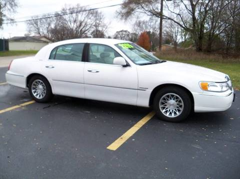 2000 Lincoln Town Car for sale at Rose Auto Sales & Motorsports Inc in Mchenry IL