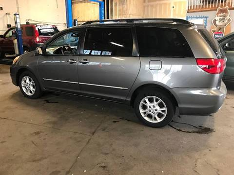 2005 Toyota Sienna for sale in Danbury, CT
