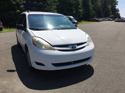 2007 Toyota Sienna for sale in Danbury, CT