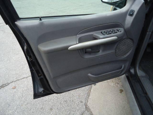 2001 Ford Explorer Sport Trac (image 15)
