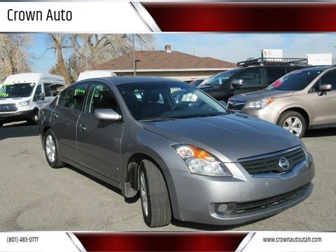 2008 Nissan Altima for sale at Crown Auto in South Salt Lake City UT