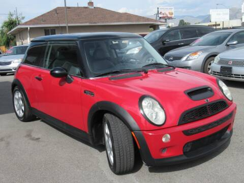 2006 MINI Cooper for sale at Crown Auto in South Salt Lake City UT