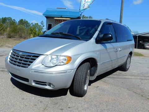 2006 Chrysler Town and Country for sale in Crawford, GA