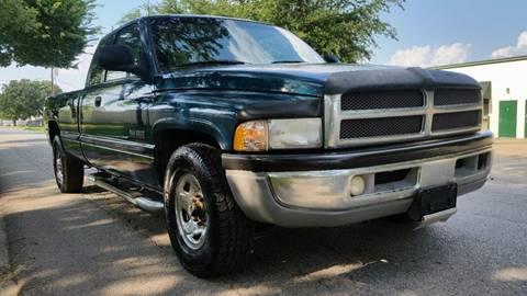 1999 Dodge Ram Pickup 2500 for sale in Dallas, TX