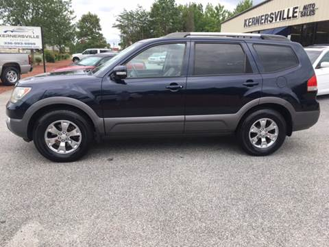 2009 Kia Borrego for sale at KERNERSVILLE AUTO SALES in Kernersville NC