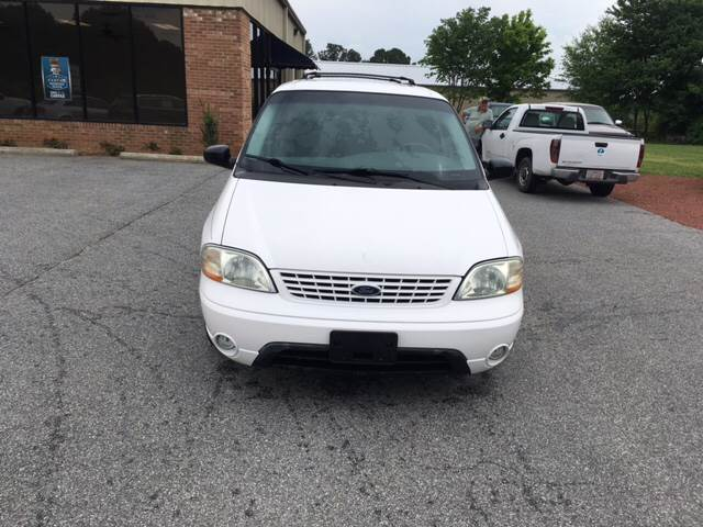 2002 Ford Windstar for sale at KERNERSVILLE AUTO SALES in Kernersville NC