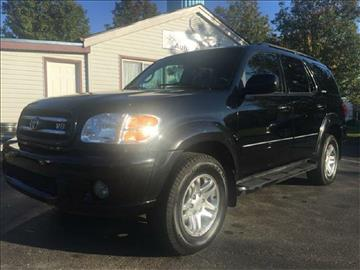 2004 Toyota Sequoia for sale at Easy Motor Sales LLC in Florence KY
