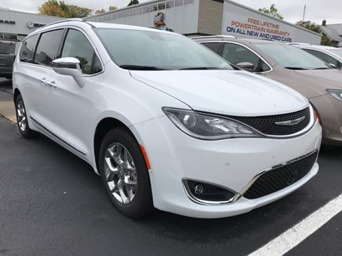 2018 Chrysler Pacifica for sale in Fremont, MI