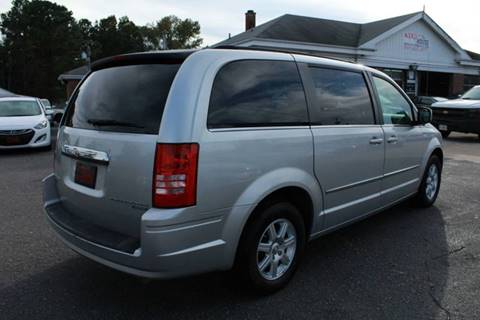 2010 Chrysler Town and Country