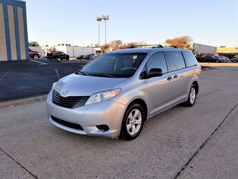 2011 Toyota Sienna for sale at Image Auto Sales in Dallas TX