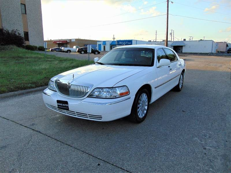 2005 Lincoln Town Car for sale at Image Auto Sales in Dallas TX