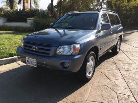 2005 Toyota Highlander for sale at J & K Auto Sales in Agoura Hills CA