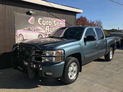 2008 Chevrolet Silverado 1500 for sale at Euro Auto in Overland Park KS
